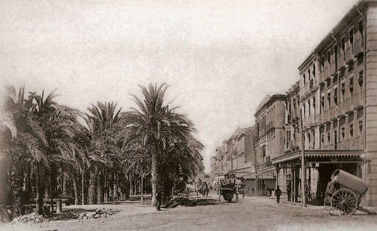 Paseo de Olalde, mas tarde paseo de Gómiz y actual Explanada. Fue constituido como paseo en 1830.