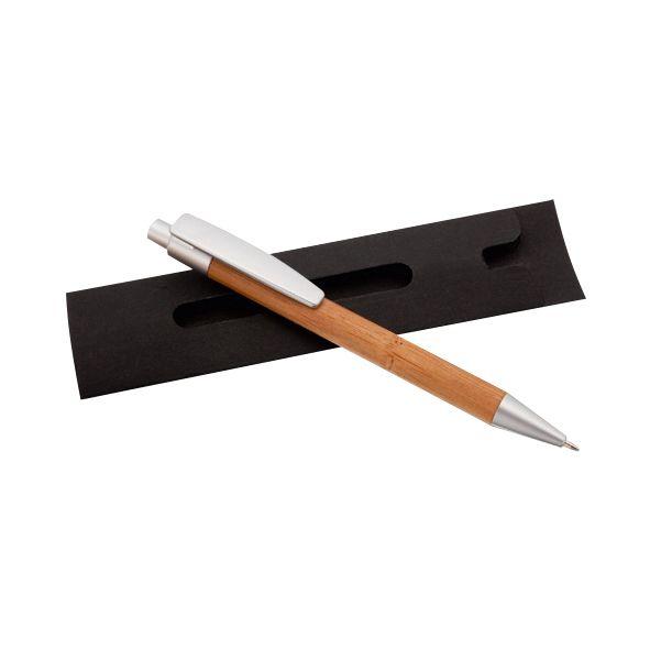 COD.BU034 Bolígrafo de Madera de Bambú, con terminales satinados. Escritura azul. Presentación individual en Estuche de Cartón reciclado.