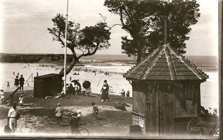 Woonona Beach 1920's