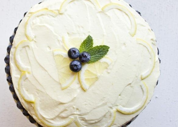 lemon blueberry layer cake: Layered Cakes, Lemon Blueberries Cakes, Blueberries Layered, Lemon Blueberry Cakes, Blueberry Lemon Cakes, Yummy Naughti, Layer Cakes, Inner Foodies, Foodies Frenzi