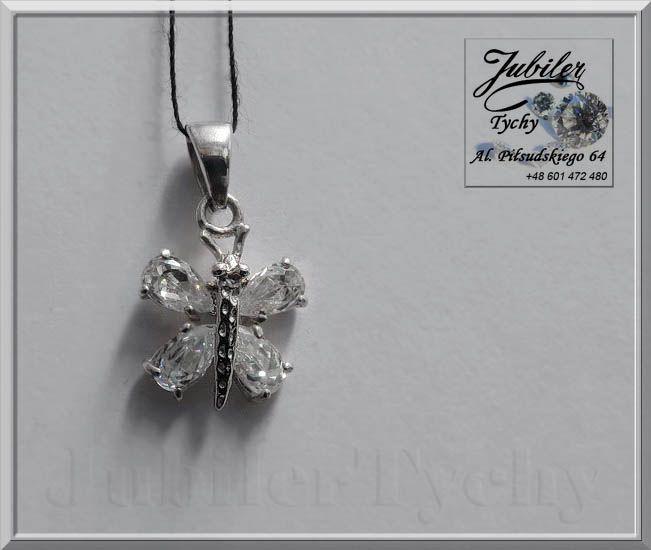Srebrny wisiorek MOTYL z cyrkoniami 💎🎁💥 #Srebrny #Wisiorek #Motyl #srebrne #motyle #Ag925 #motylki #motylek z #cyrkoniami #Srebro #cyrkonie #jubilertychy #Silver #butterfly #cyrkonia #Jubiler #Tychy #Jeweller #Butterflies #wisiorki #biżuteria #srebrna #Pracownia #Złotnicza #Tyski #Złotnik #Zaprasza #Promocje ➡ jubilertychy.pl/promocje 💎