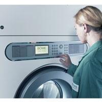Maquinas limpieza en seco:  6ta. Generación de máquinas de percloroetileno o multisolvente. Con capacidades de 12 a 100 Kgs. calefacción eléctrica o a vapor y diversos opcionales.