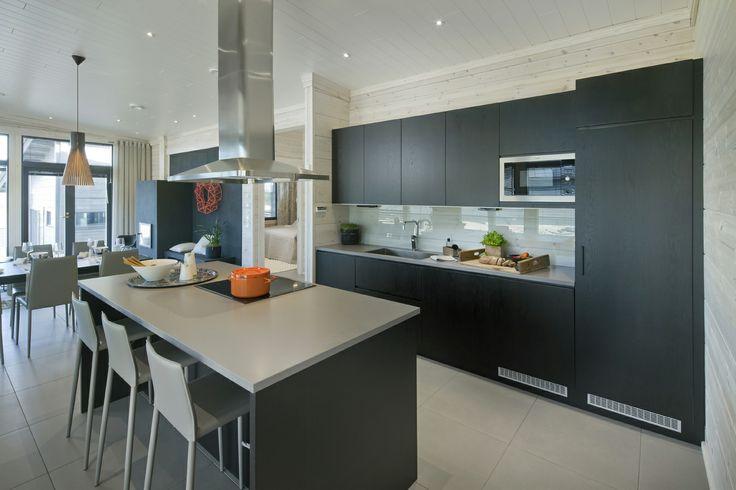 Black kitchen. Honka holiday homes.