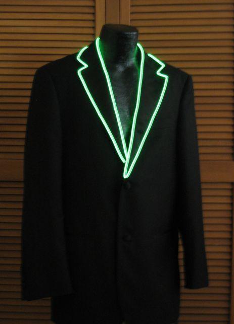 Veste avec un fil lumineux bleu-vert