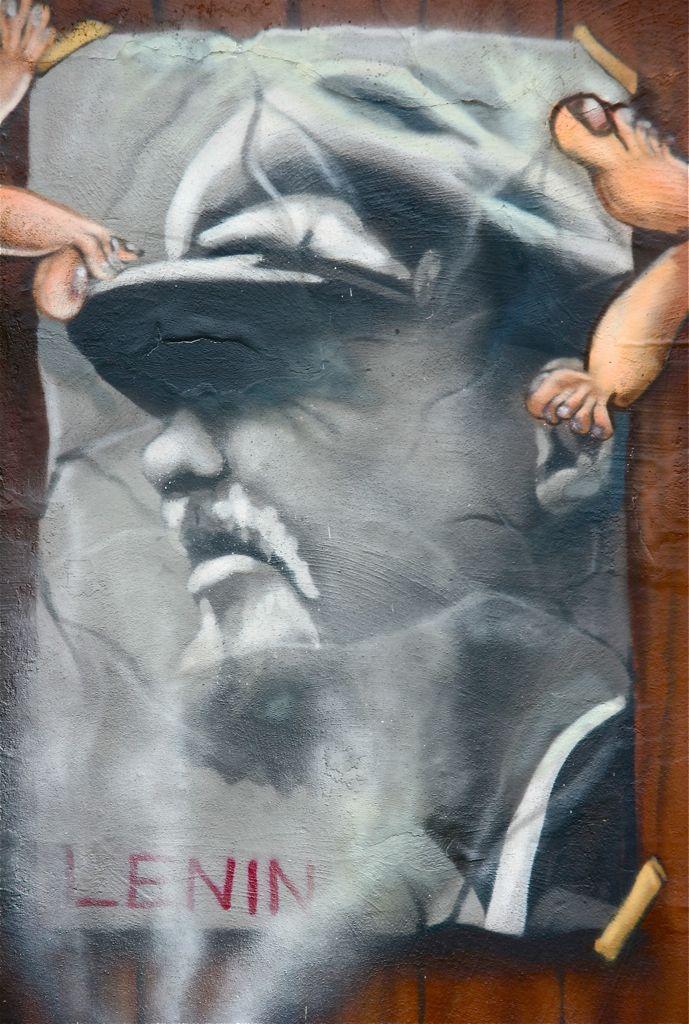 Uncle Vladimir was here. Fresh painting in wall of Berlin, Germany. © Miikka Järvinen