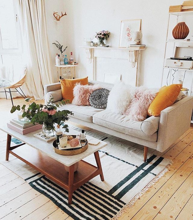 The Best Home Tours Of 2017 Living Room Inspo Apartment Decor Living Room Designs