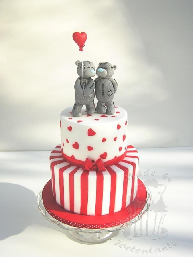 Valentine Cake With Bear Couple
