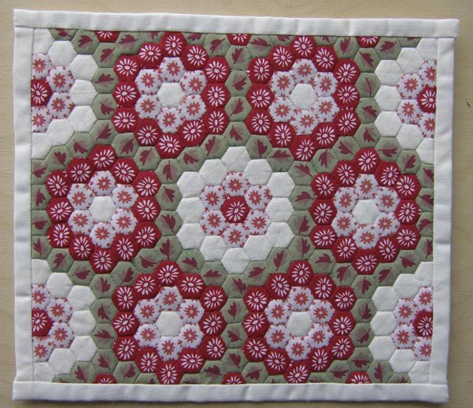 English+Paper+Pieced+Hexagon+Quilts | ... just type English paper piecing patchwork into your search engine