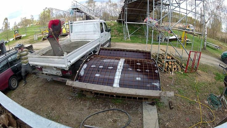 build a DIY beton miniramp in the shredpark ninive.