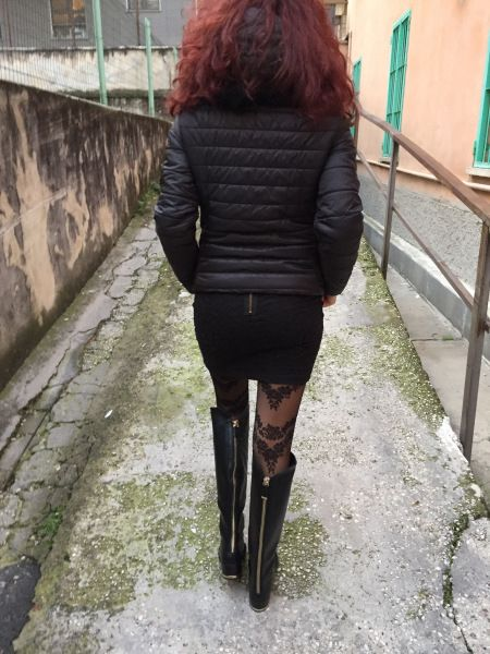 I've walked over some important things lately and now I've got a new pair of boots to keep going… Always in style!  Boots: Zara  Tights: Calzedonia  Ho fatto passi …