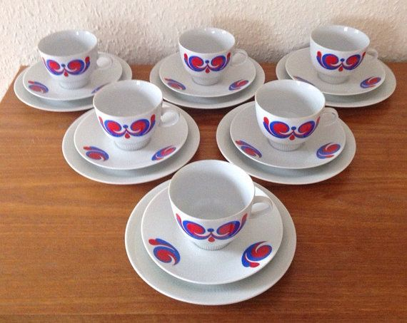 Beautiful Porcelain China Tea Set  Colditz Porzellan DDR