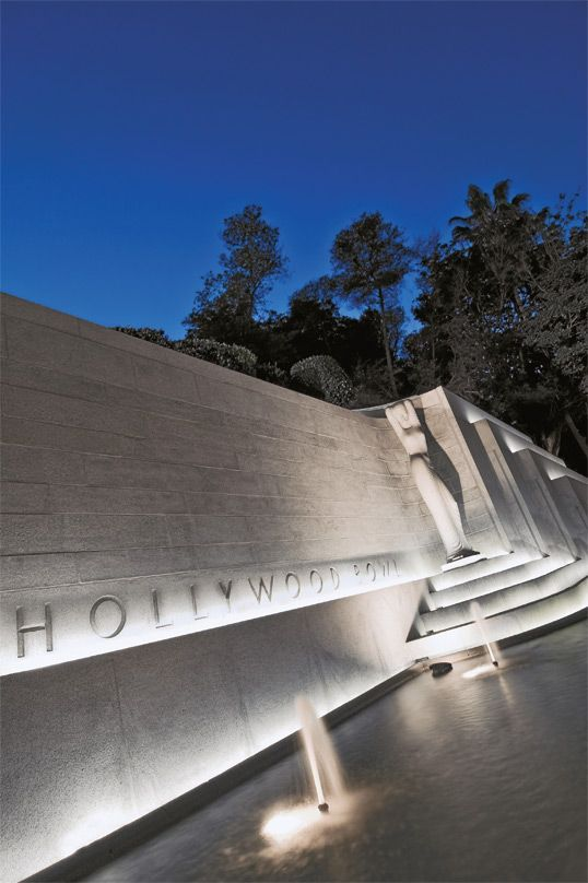 Hollywood Bowl - Hollywood, USA | A high grade surface mount underwater luminaire, ideal for use where high power lamps are required | LS345