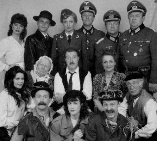 'Allo 'Allo! - Gorden Kaye, Carmen Silvera, Vicki Michelle, Kim Hartman and Guy Siner