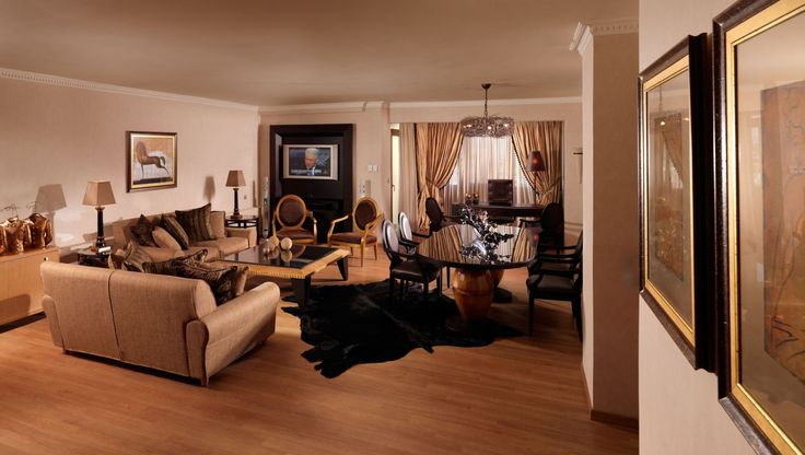 Living Room of the Presidential Suite no701 #DivaniCaravel