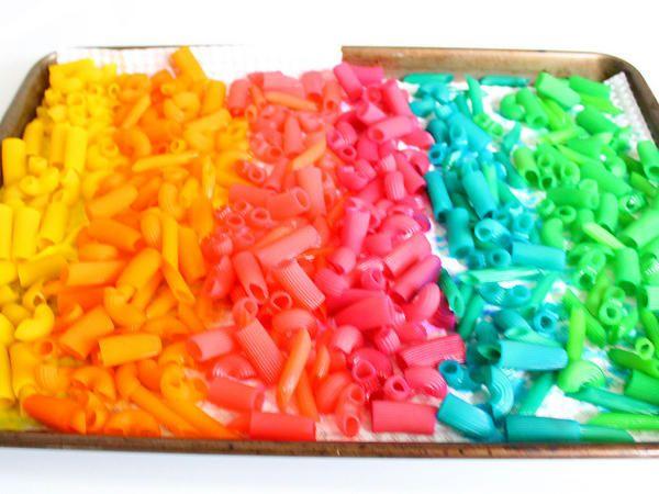 Manualidad: Joyas de pasta