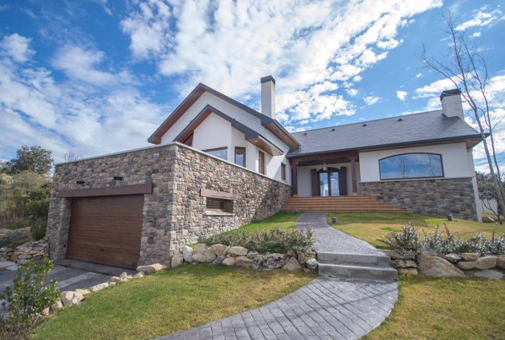 Casa rústica : Classic style houses by Canexel