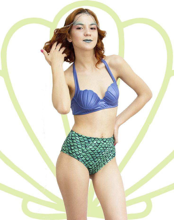 Top Alça que Amarra no Pescoço na cor Azul Aquata com a Hot Pants na Linha do Umbigo.  Encomendas Site ou Facebook Virall Retrô