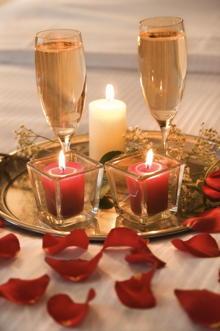 Decoraci n con velas para una noche rom ntica for Decoracion noche romantica
