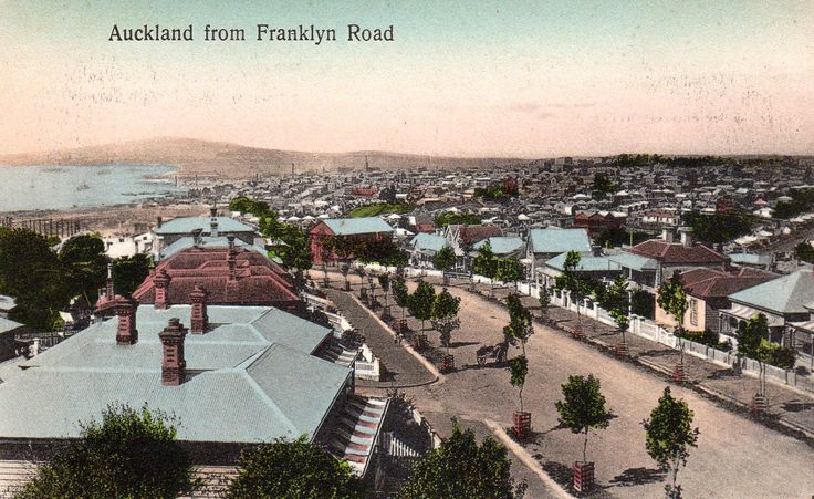 Auckland from Franklyn Road (now Franklin Road, Ponsonby) in about 1905. Postcard by W. & A. Series. Phototyped in Saxony.