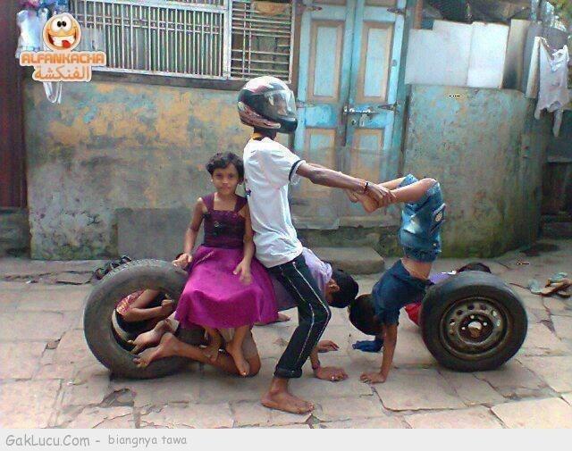 Lelucon berjudul Modifikasi motor paling ekstrim yang dibuat oleh Tpao di www.GakLucu.com. Temukan juga lelucon lain yang mirip.