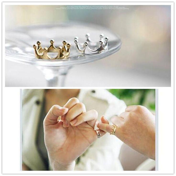 Elegant Crown Finger Ring (Silver or Gold Plated)