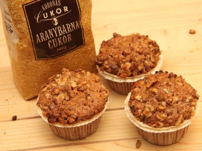 Almás-diós muffin