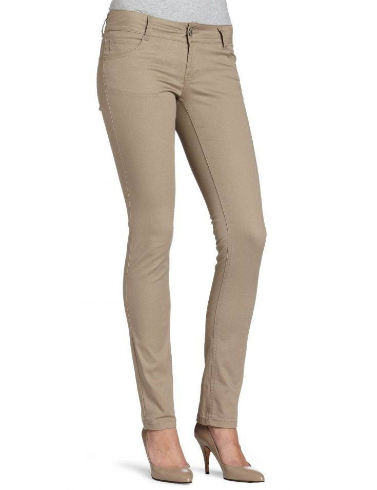 Below are the best sellers khaki pants for juniors on Amazon.com