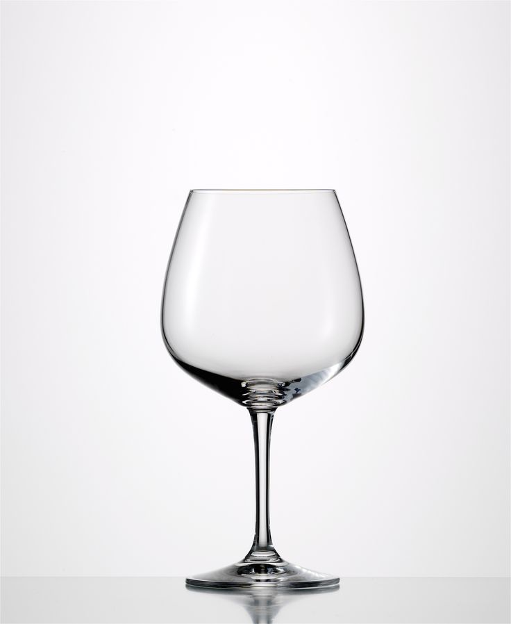 Sensis Plus Vino Nobile Burgundy  Sensis Plus Glass: Enhance aromas and flavours while preserving the original character of the wine Lead-free crystal Made in Germany Capacity: 23.6 oz Height: 7.9″ Dishwasher Safe 6 pack
