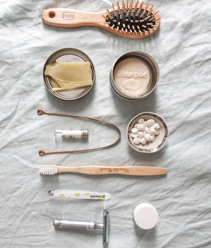 Switching to zero waste, sustainable, eco-friendly alternatives isn't that diffi… Zero Waste, Reduce Waste, Diy Utile, Green Life, Sustainable Living, Natural Living, Sustainability, Recycling, Cleaning Tips