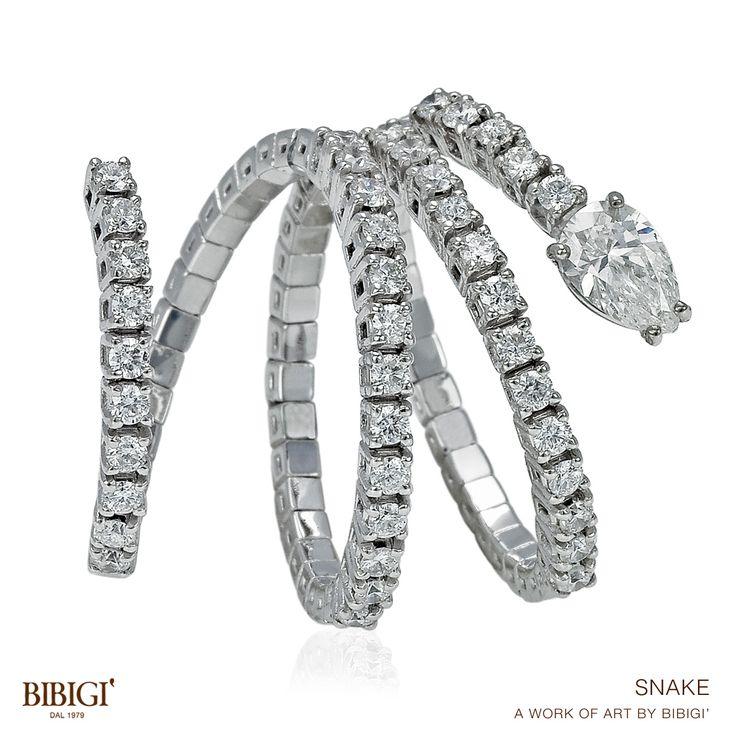 #Snake #Bibigi #ring #bracelet collection Oro rosa, giallo e oro bianco sono la base per i molteplici inserimenti di pietre preziose, brillanti neri e brown sono abbinati a zaffiri blu e gialli, il taglio rose cut è presente in tutta la collezione Snake. La tecnologia Bibigì firma i propri modelli con un'avveniristica molla in titanio.