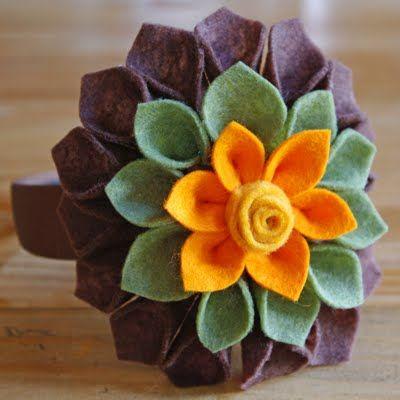 felt flower  50 favorite fall crafts - burlap and blue