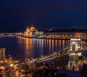 Budapest Cruises in Winter
