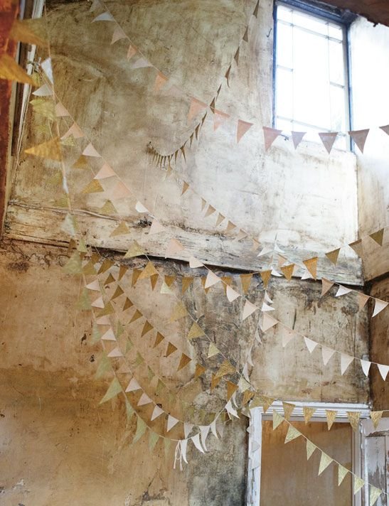 gold paper flag decorations.: Decor, Paper Garlands, Ideas, Inspiration, Triangles, Paper Buntings, Parties, Flags Garlands, Banners