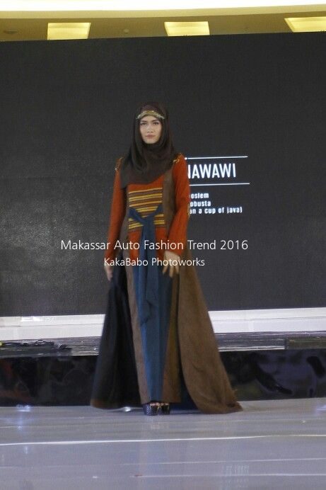 Etnic style for evening party with hijab
