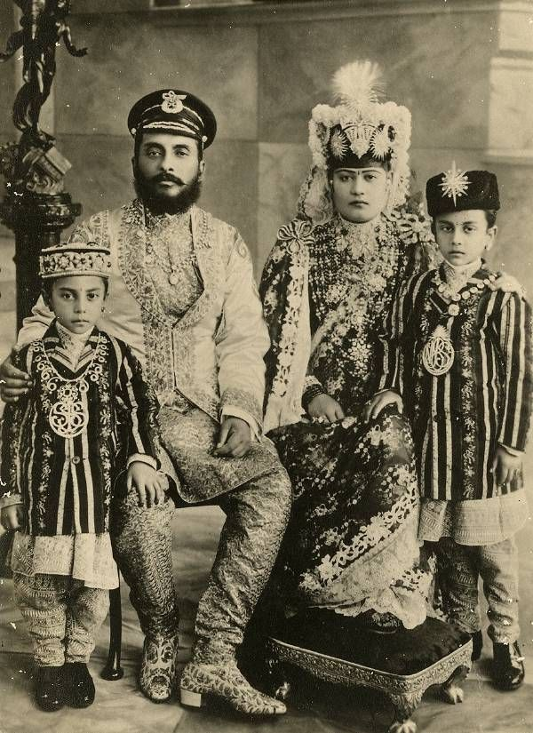 Chandra Shamsher family - Chhetri - Wikipedia | Indo-Aryan ...