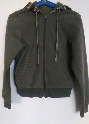 Kupuj mé předměty na #vinted http://www.vinted.cz/damske-obleceni/mikiny/14550384-army-tmave-zelena-mikina-s-maskacovou-kapuci-xs-s