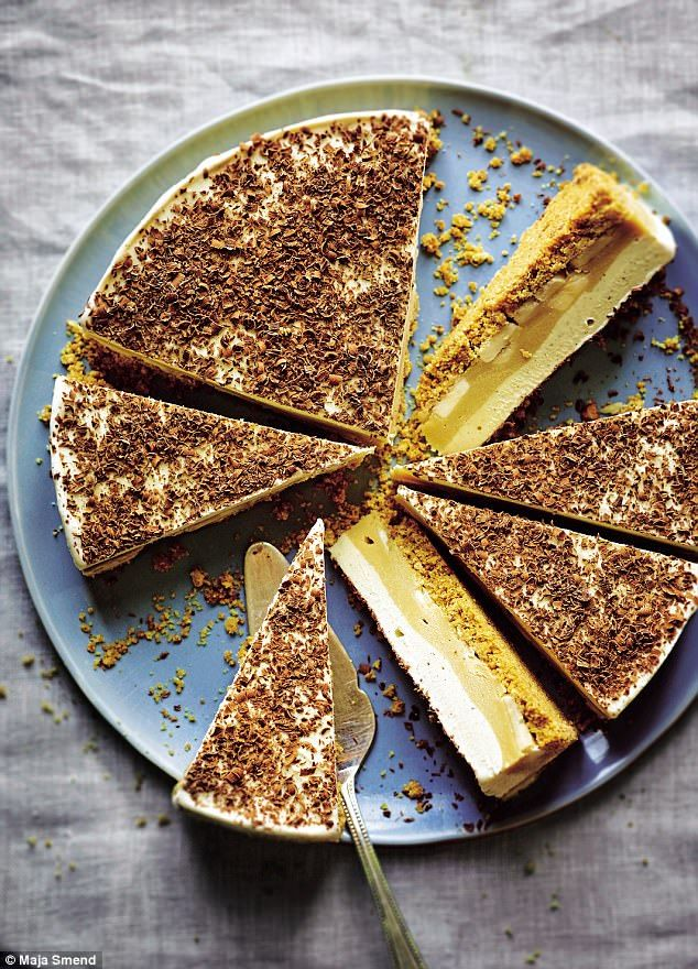 If the banana-toffee twosome is your thing, then try making this version of a banoffee cake that can conveniently be made ahead and stored in the freezer until serving