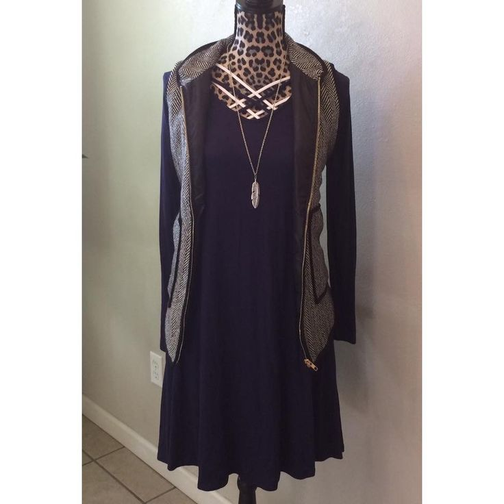 Criss cross navy dress