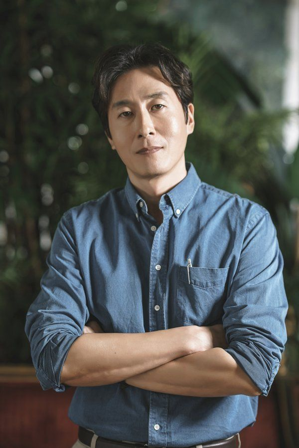 Kim Joo-hyuk, funeral to be held back until cause of death comes out