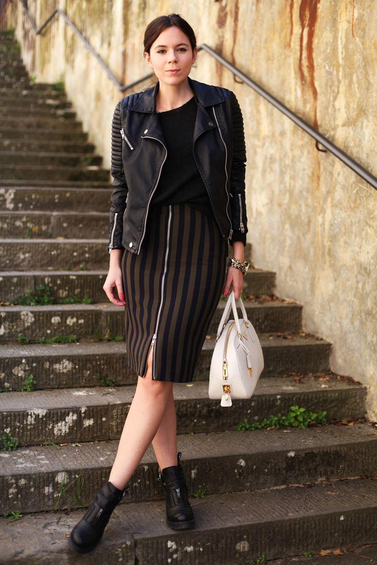 Leather black jacket | Spring outfit | Spring 2014 | White Prada bag | Fashion outfit | Stripes Skirt  www.ireneccloset.com