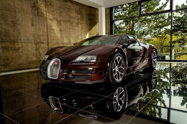 This Bugatti Veyron Grand Sport Vitesse is for Sale. It's not secret that the Bugatti Veyron is a dream car, and many of us want one. We've found a pretty attractive offer on a car sales website in Europe. Moreover, this car is not just a Veyron, but Veyron Grand Sport Vitesse, which comes with 1201 horsepower, with 200 horses more...