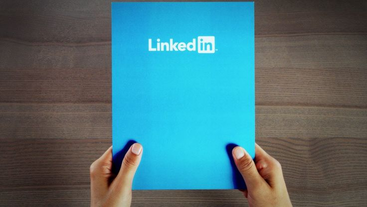 LinkedIn is one of the most powerful networking platforms today. Businesses whether small or big, professionals from CEO to managers use them to network and build professional relationship through it. However, there are professionals who don't know how to use it. The lack of etiquettes portrays bad impression. There are no certain rules to follow, but yes when you are networking on LinkedIn it will do good to show some etiquette.