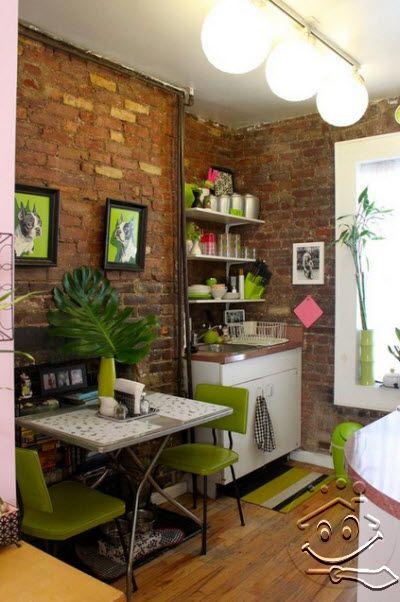 SolusiProperti : Apartemen Kecil Dengan Dinding Bata Ekspos Di New York