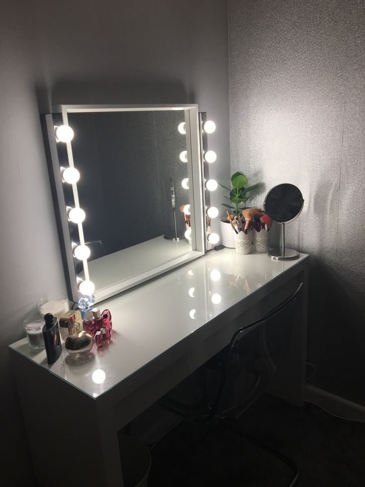 Dressing Room Mirror Ikea, Ikea Dressing Table With Mirror And Lights