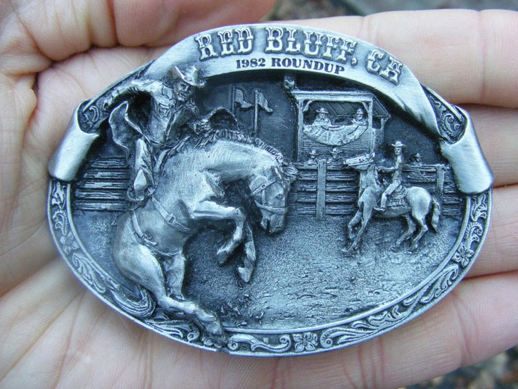 RED BLUFF ROUNDUP Belt Buckle PRCA Rodeo 1982