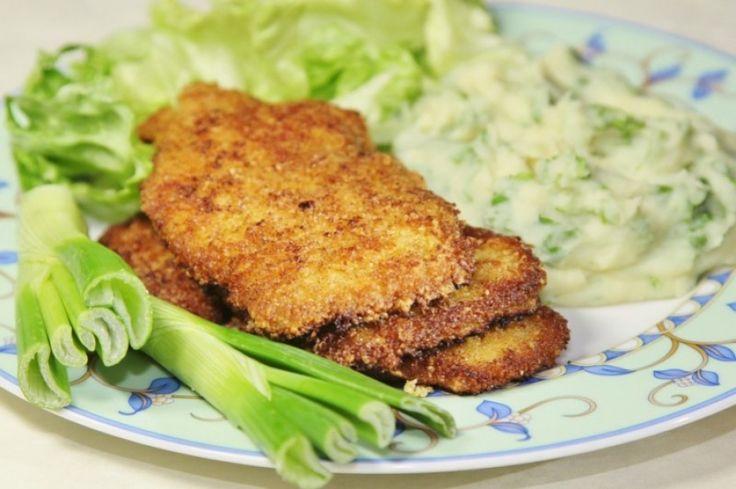 Московские телячьи отбивные с овощным пюре. Сочетание жареного мяса и овощей – это сытный обед или ужин