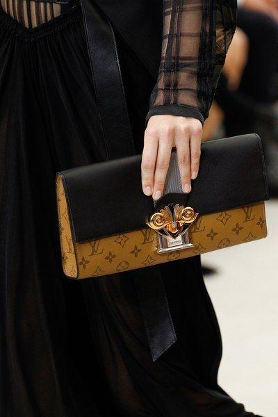 See detail photos from the Louis Vuitton Spring 2017 show at Paris Fashion Week. - women's large handbags, wholesale handbags purses, all designer handbags