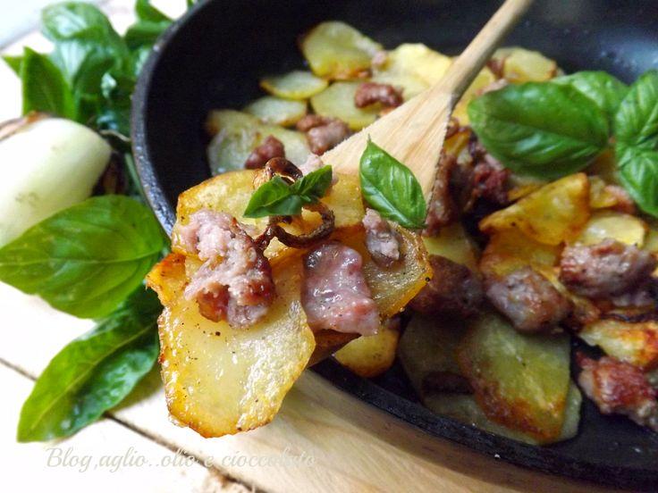 Patate alla Gricia le conoscete? Sono gustosisisme e semplicissime da fare.Hanno preso il nome dal famoso piatto tipico Romano