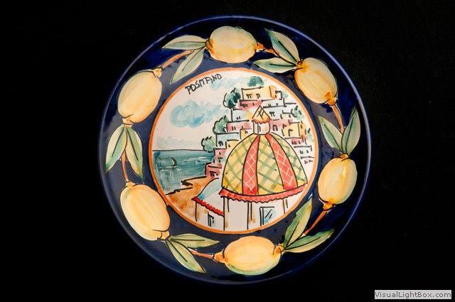 Piatto-murale-decoro-Positano-con-giro-di-limoni