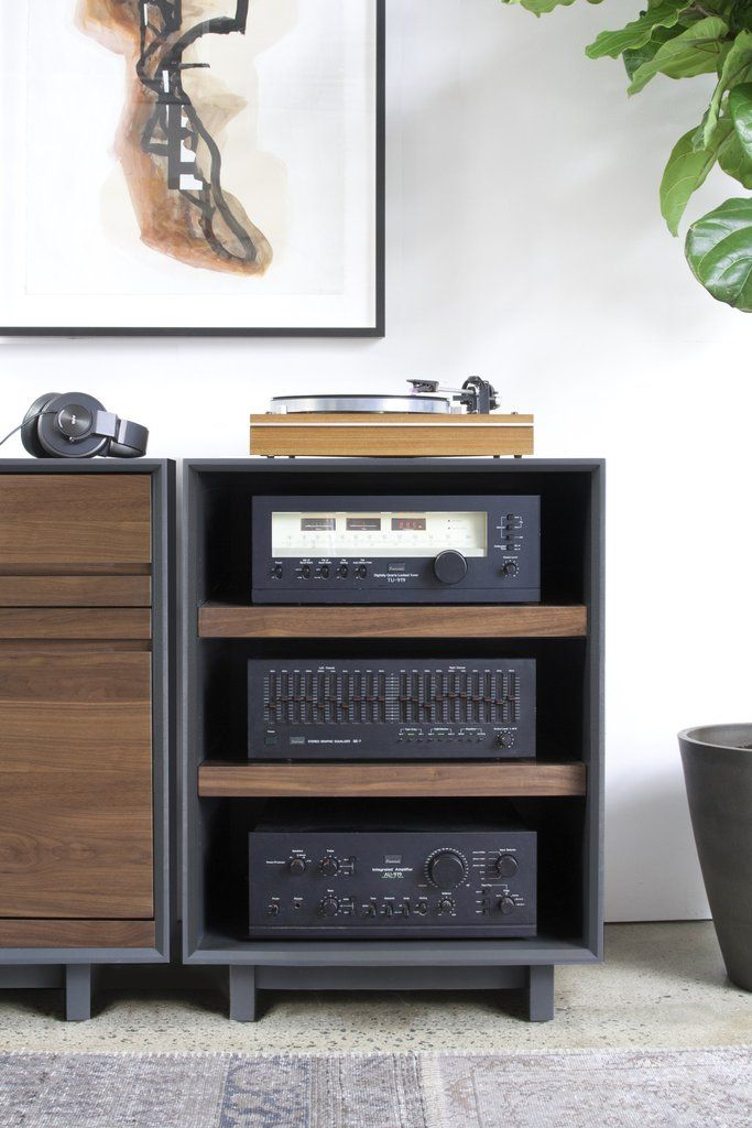 die besten 25 hifi rack ideen auf pinterest audio rack. Black Bedroom Furniture Sets. Home Design Ideas